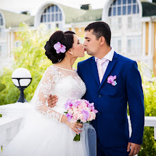 Wedding photographer Nadezhda Serkova (NadezhdaP). Photo of 09.11.2015