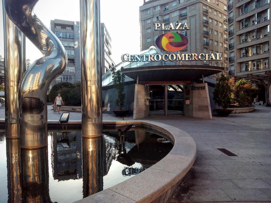 Foto Centro Comercial Praza Elíptica 9