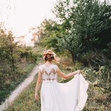 Wedding photographer Yuliya Cherneckaya (Judi). Photo of 21.03.2018