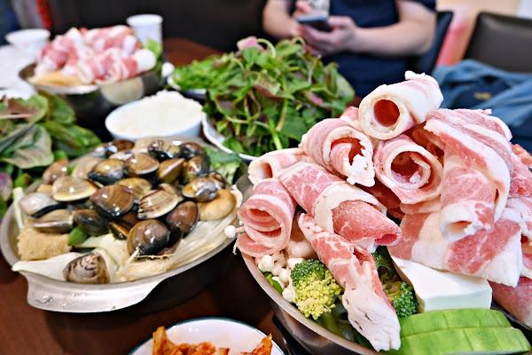 三重美食:路得小火鍋湯頭種類多,價格親民,白飯、飲料、泡菜吃到飽-附菜單