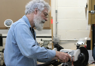 Photo: and grinding with the Ellsworth sharpening jig