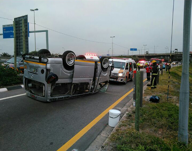 A minibus taxi accident on the M4 highway in Port Elizabeth