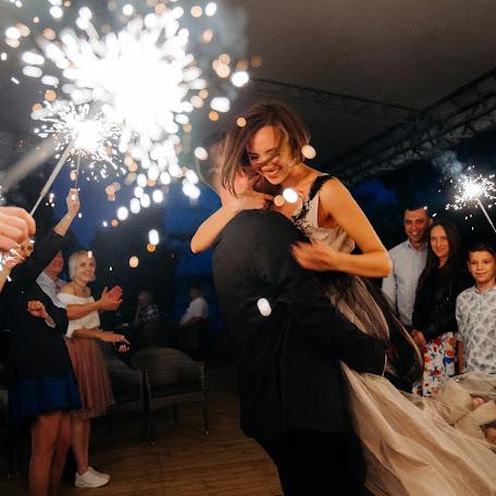 Wedding photographer Nusya Dzhamoldinova (Nusya). Photo of 30.08.2017