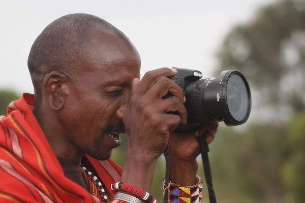 Il fotografo masai