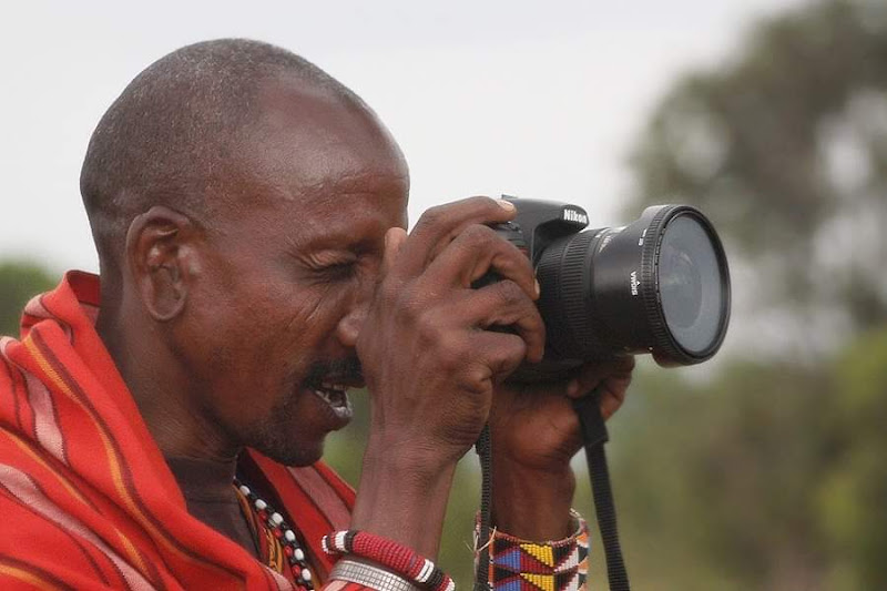 Il fotografo masai di Alicante