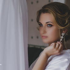 Wedding photographer Aleksandr Rebrov (myfoto76). Photo of 05.10.2017