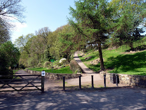 Photo: Cliffe Gardens Entrance to Northcliffe Wood Shipley