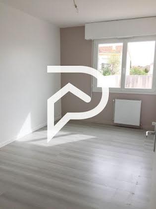 Vente appartement 3 pièces 64,87 m2