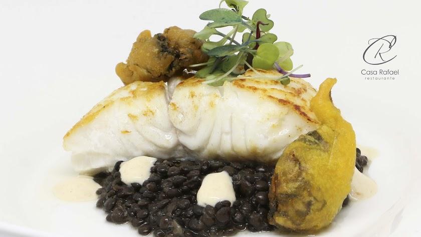 Casa Rafael despunta en la calidad que ofrecen sus platos.