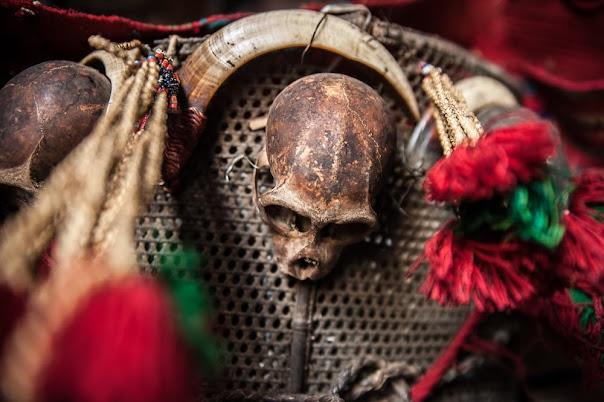 Konyaks, os últimos caçadores de cabeças