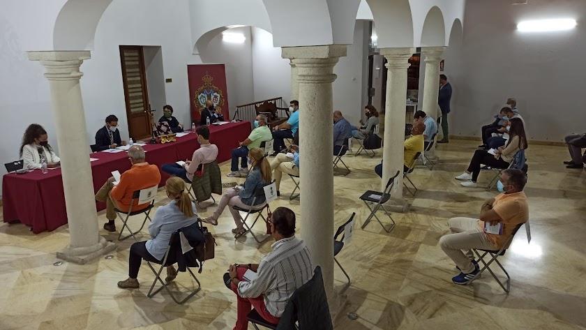 Imagen de archivo de uno de los últimos plenarios de la Agrupación.