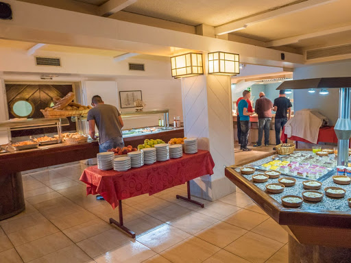 RESTAURANTE BUFFET