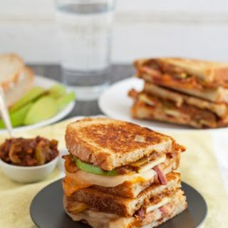 Spicy Apple Bacon Grilled Cheese