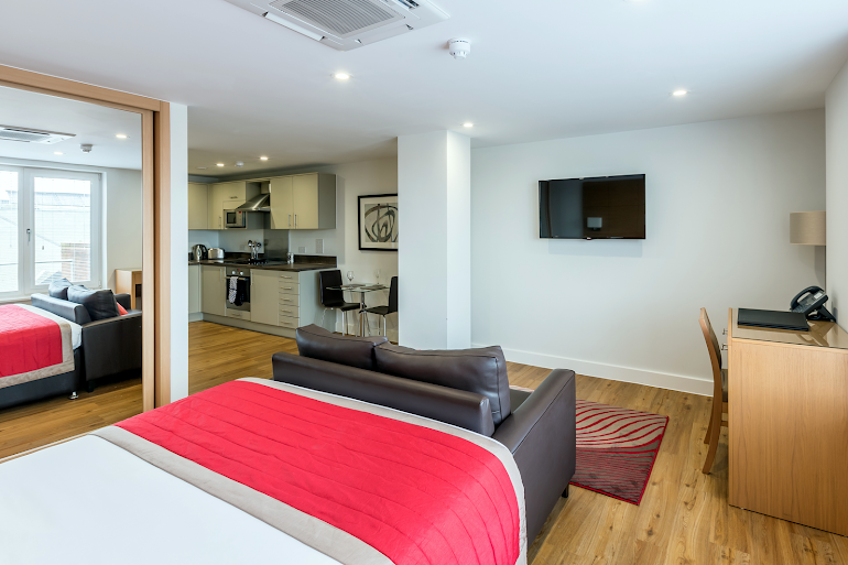 Studio apartment at 100 Kings Road