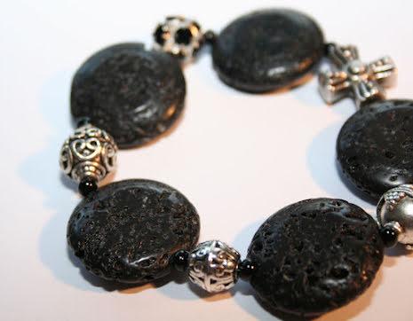 Armband av lava