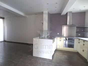 Maison 8 pièces 107 m2