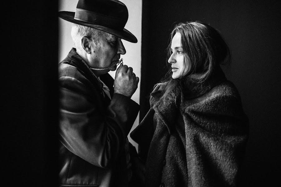Wedding photographer Vasiliy Tikhomirov (BoraBora). Photo of 03.10.2017