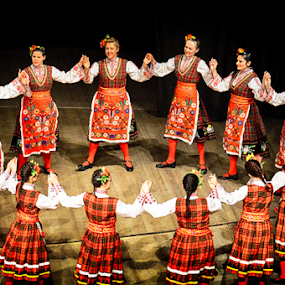 Bulgarian Folklore Dancers by Vasil Karagyuliev - People Professional People ( dancers, bulgarian women, folklore, dance, horo, vasil karagyuliev, bulgaria )