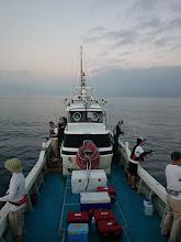 Photo: 1年ぶりの「近海半日ジギング!」 ベタベタのナギ水面! 午前の部、スタート!