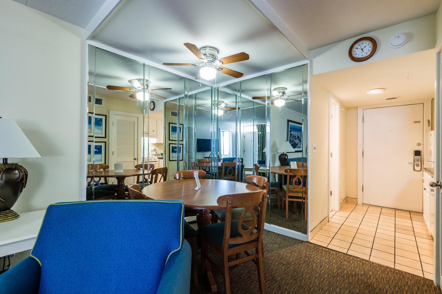 One Bedroom Oceanfront Picture Number 16