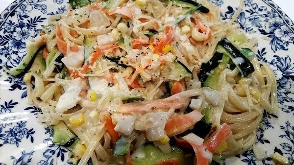 Pasta W/ Garlic Parmesan Sauce & Vegetable Ribbons