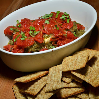 Pesto and Tomato Holiday Dip
