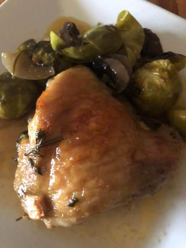 Chicken, And Veggies With Garlic And Herb Sauce Recipe