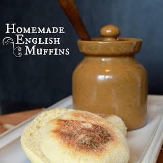Homemade English Muffins {Bread Machine Method}.