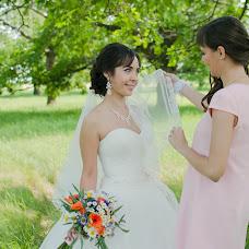 Wedding photographer Darya Obukhova (Daryaesc). Photo of 17.06.2015