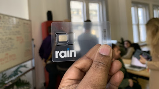 Rain has launched uncapped 5G broadband for R1 000 per month.