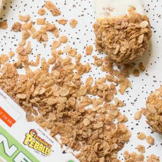Cinnamon Latte Cereal Popsicles.