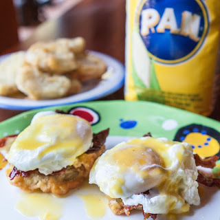 Fried Green Tomato and Bacon Eggs Benedict #PANFAN