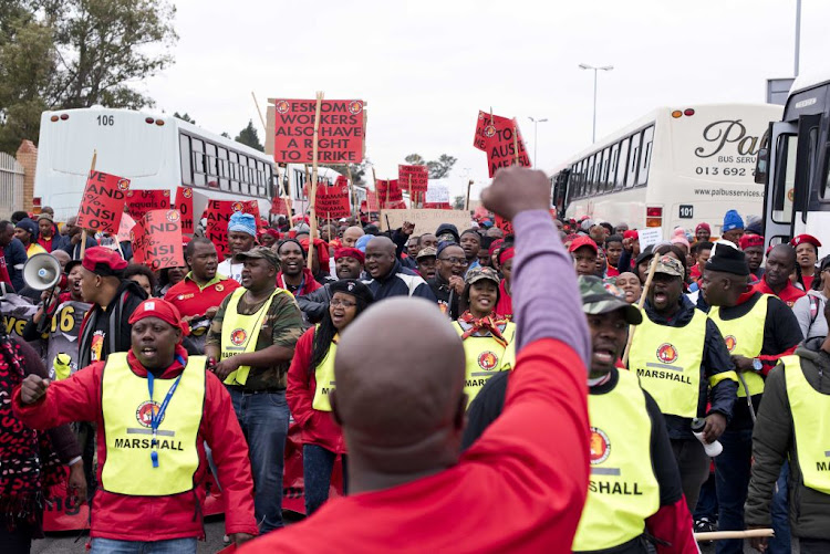 Demonstrators protest outside Megawatt Park, Sunninghill, June 14, 2018. Eskom workers are demanding a 15% salary increase while Eskom has decided to cut completely any increases for this year, saying they simply do not have the funds.