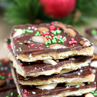 Easy Christmas Crack Saltine Toffee Recipe