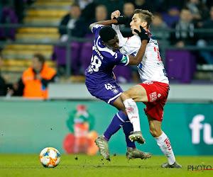 """Verschueren bevestigt interesse van Sevilla en andere clubs in Sambi Lokonga: """"De mensen die de prijs moeten kennen hebben die informatie"""""""