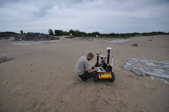 Photo: Rover spotter checking status