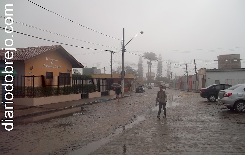 Com a chegada das chuvas, Solânea passa a enfrentar muito frio thumbnail