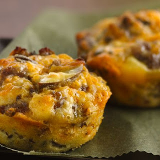 Impossibly Easy Mini Breakfast Sausage Pies.