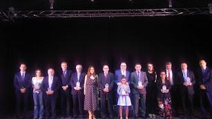 Foto de familia tras la gala de los Premios Nacimiento celebrada en Fiñana.