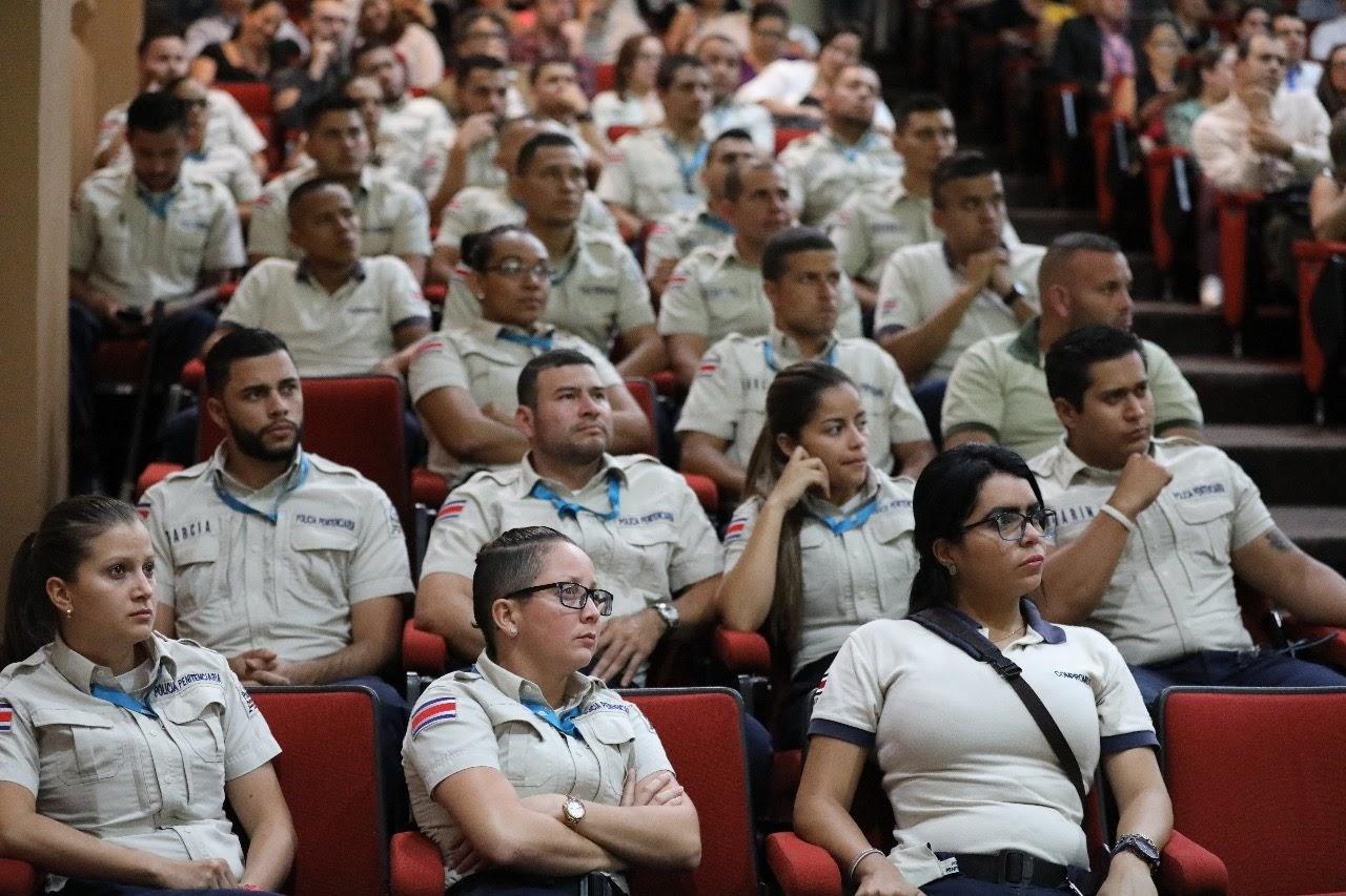 JUSTICIA Y PAZ COMPROMETIDO CON EL CAMBIO DE LA CULTURA MACHISTA INSTITUCIONAL