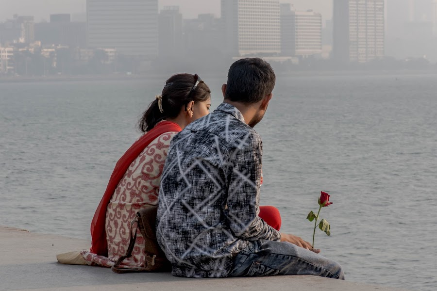 The rose and the couple by Hariharan Venkatakrishnan - People Couples