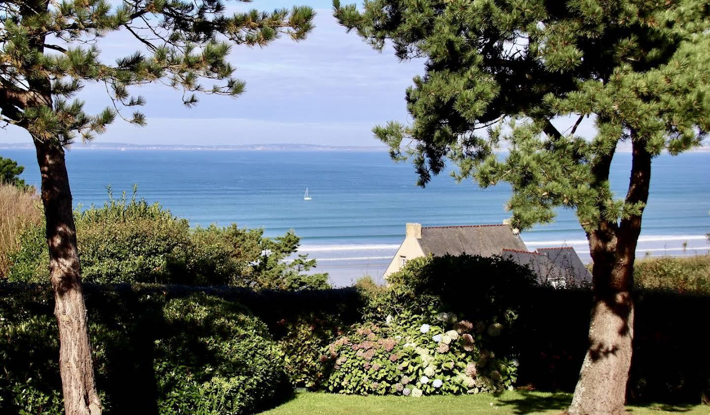 Maison contemporaine en bord de mer avec jardin Douarnenez