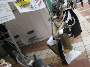 Photo: 改心したホリー王子が、足こぎ発電で、かき氷機を動かしてくれた。