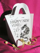 Photo: Подарочный пакет с высечкой логотипа, текста, даты. От 10 штук