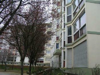 parking à Herouville-saint-clair (14)