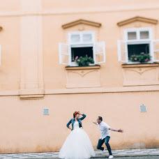 Wedding photographer Viktor Lomeyko (ViktorLom). Photo of 24.11.2015