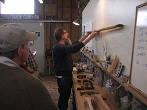 Photo: Jim explaining what to look for in the profile of a canoe paddle.