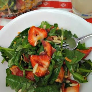 Strawberry Bacon Salad With A Homemade Berry Vinaigrette! #PourMoreFun #Ad