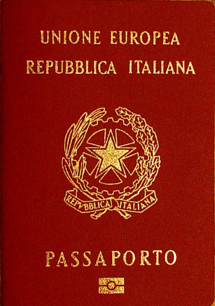 Italian passport holders