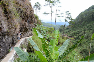 Photo: Path to the Bmod-ok waterfall